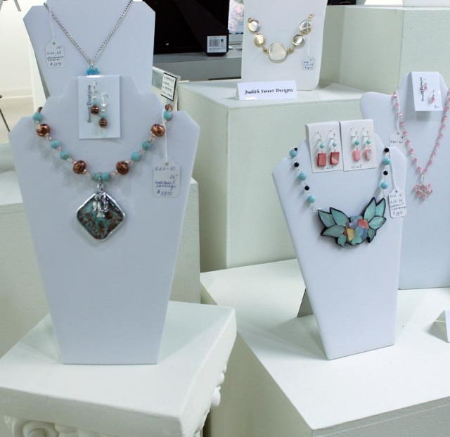 Hand crafted jewelry in the latest spring colours and design